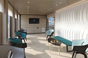 Crystal Endeavor_Helicopter Lounge